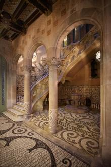 escalier du Palau Baró de Quadras